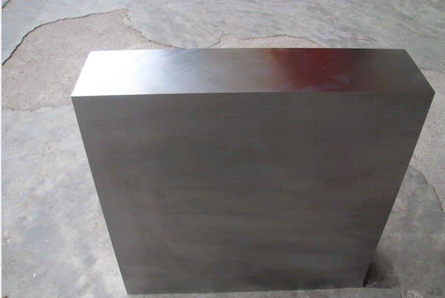耐蚀性的塑胶模具钢?模具钢的晶粒度对静拉深性能和硬度无明显影响